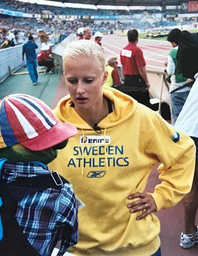 När jag gjorde program om rökning på friidrottslands-   kampen mot Finland på Ullevi i Göteborg intervjuade jag   Carolina Klyft….